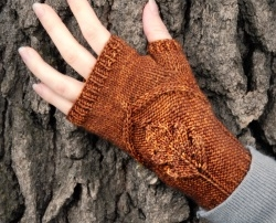 Oak Grove mitts